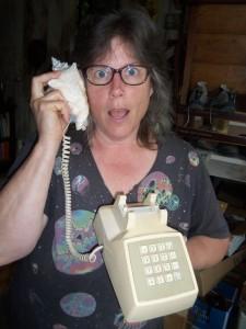 shell phone ocean calling