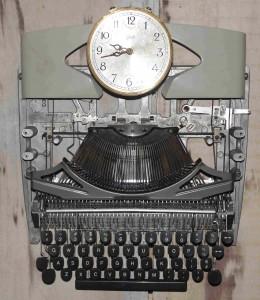 typewriter clock